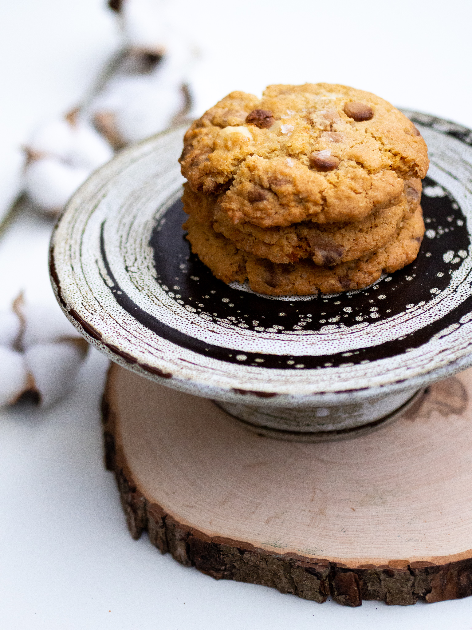 Dulcey Macadamia Cookie