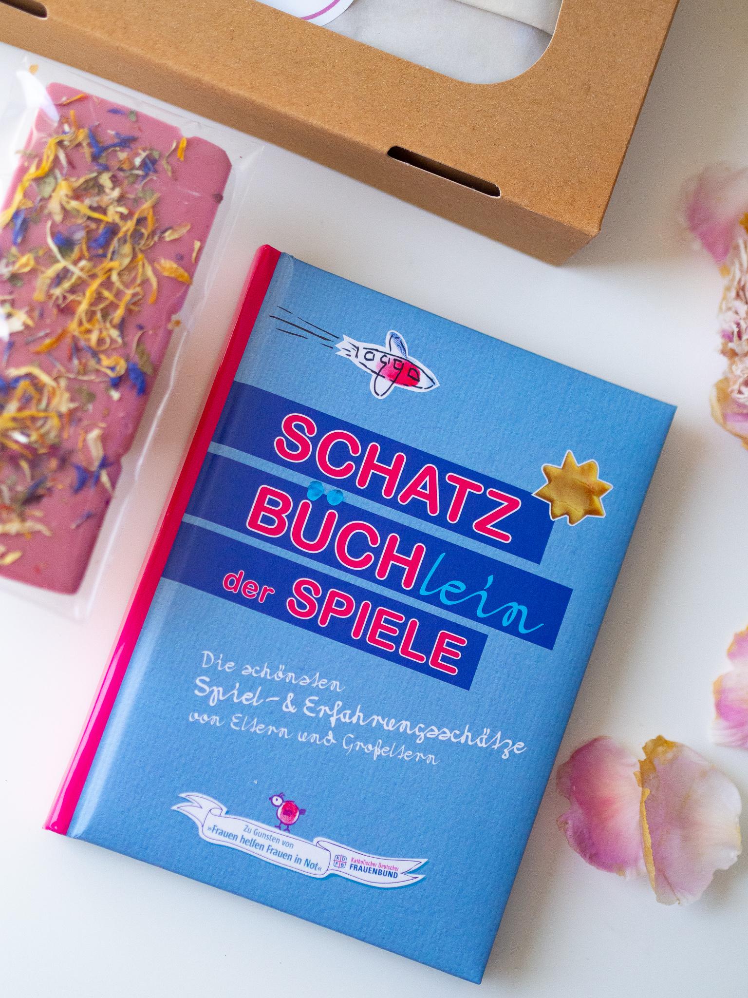 CHARITY - Die Schatzbüchlein Box der Spiele