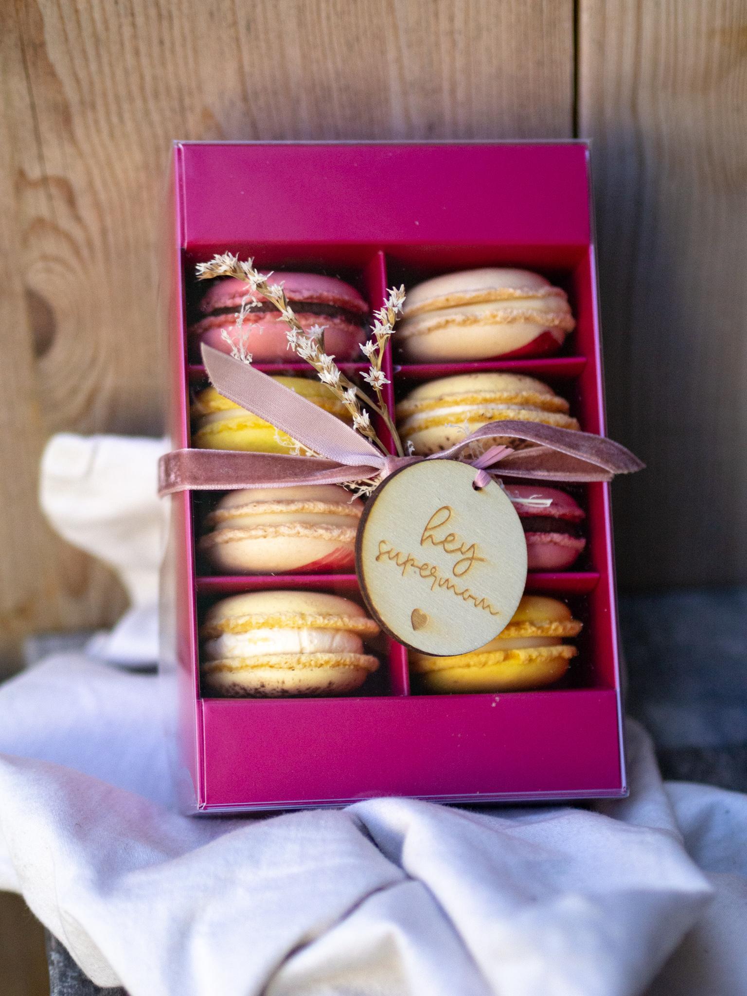 8er Macaron Geschenk Box Muttertag
