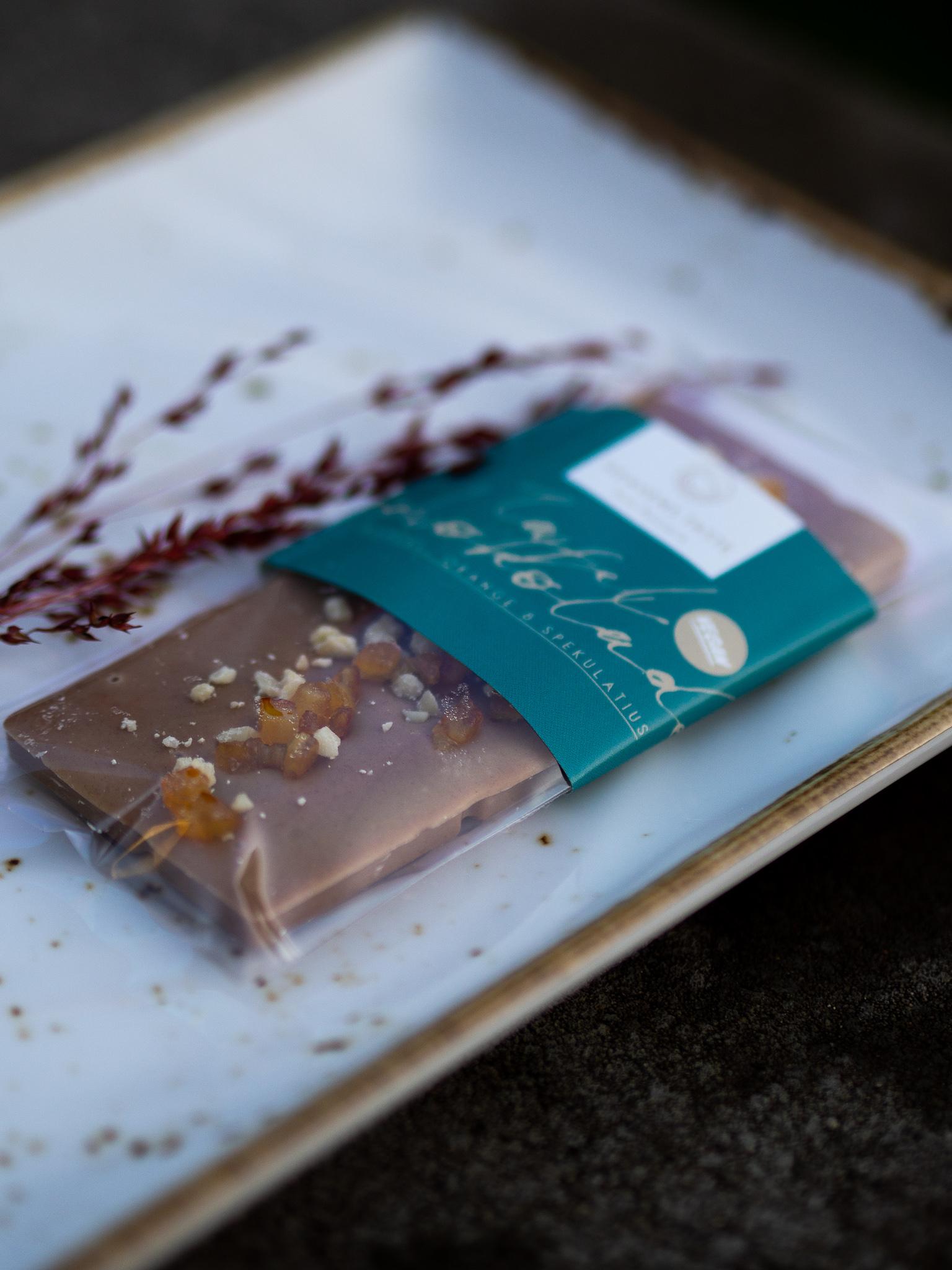 Tafelschokolade Mandel, Spekulatius und Orange, VEGAN, 50 Gramm